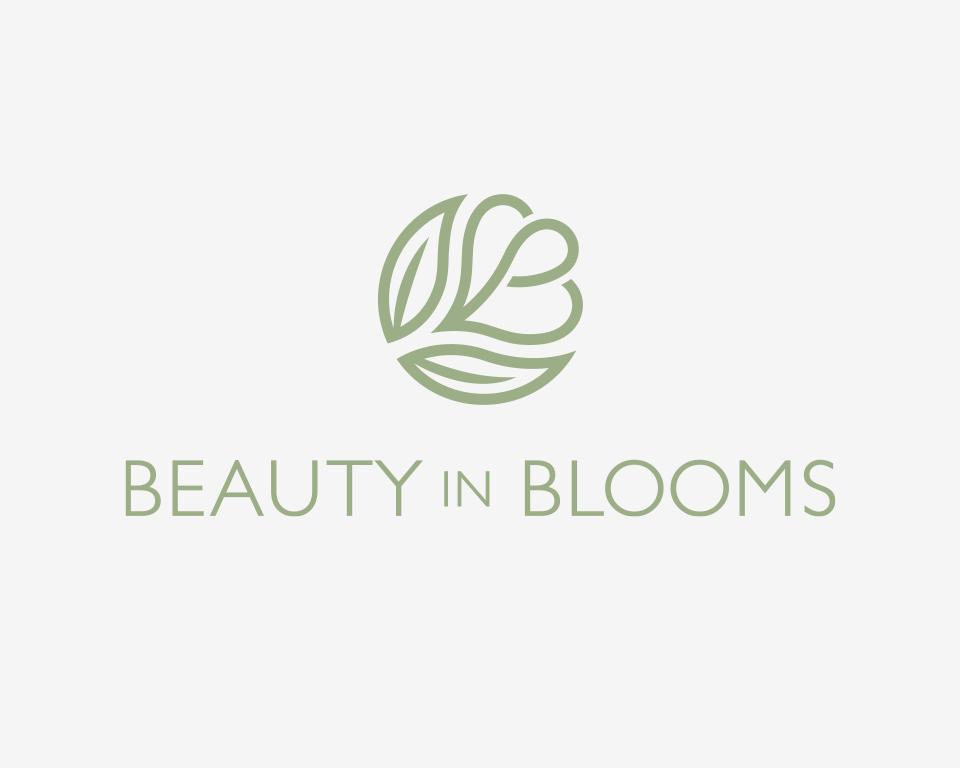 beauty-in-blooms-02.jpg